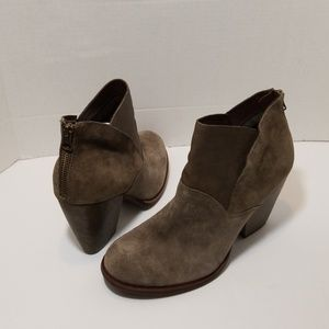 Kork-Ease brown/gray suede  booties size 10M